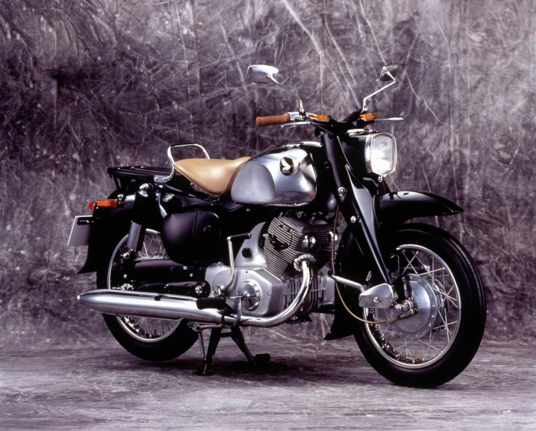 Honda C 70 (1957-1959) - erster 250er Viertakt-Parallel-Twin
