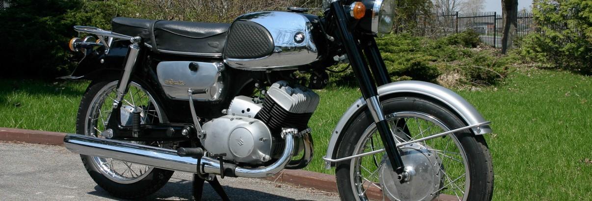 """Suzuki T 10 – """"Rolls-Royce"""" auf zwei Rädern"""