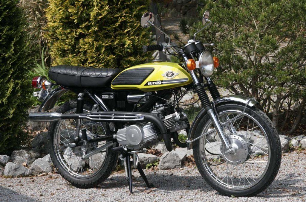 Suzuki T125