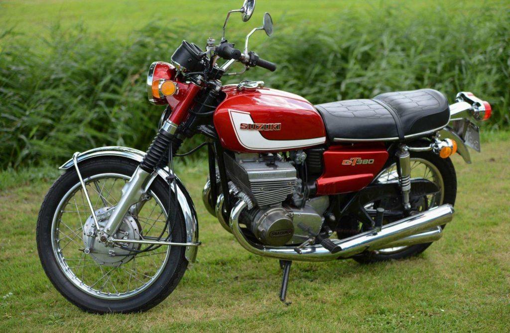Suzuki Motorräder - Alle Old- und Youngtimer auf Nippon