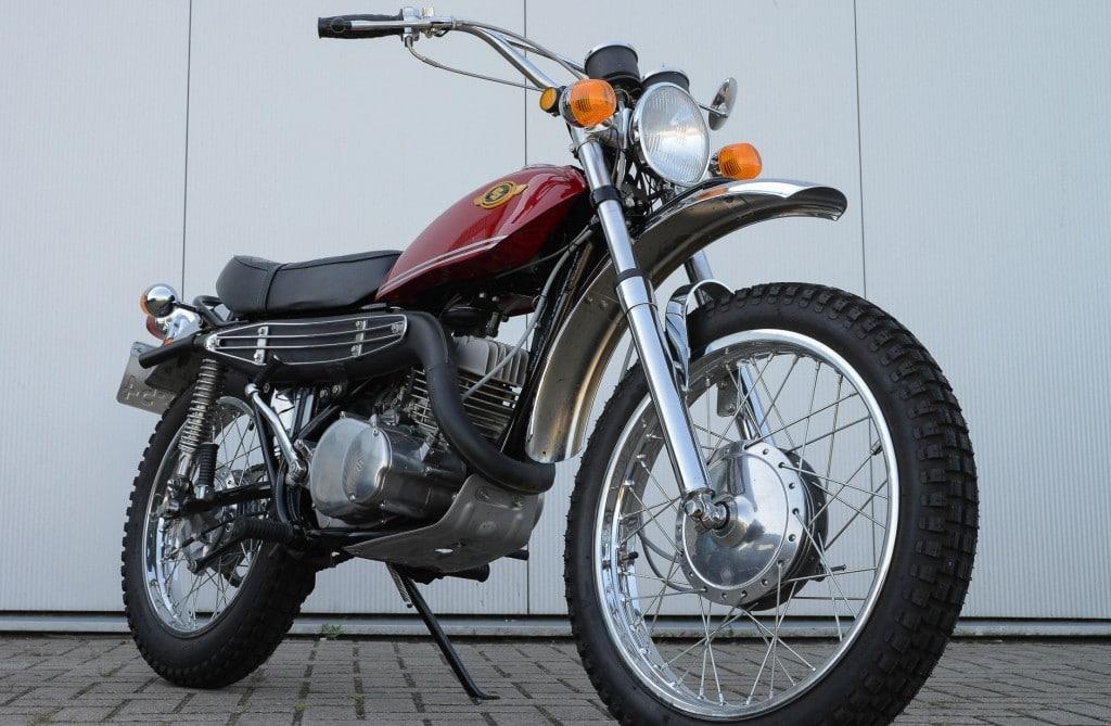 Suzuki TS 250