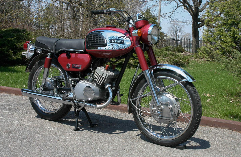 Yamaha Motorräder