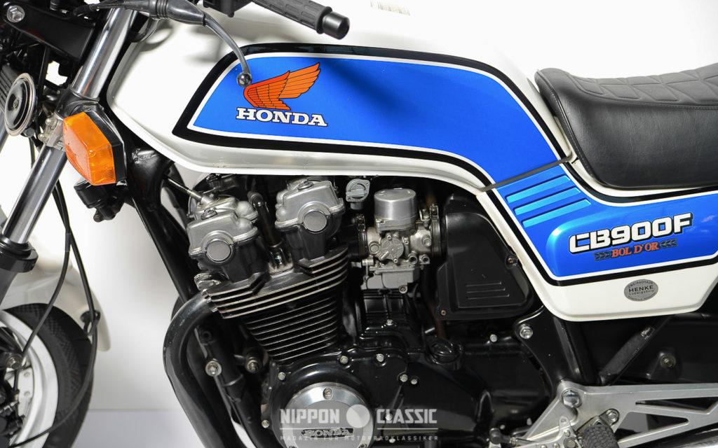 Boldor DOHC-Motor mit vier Ventilen