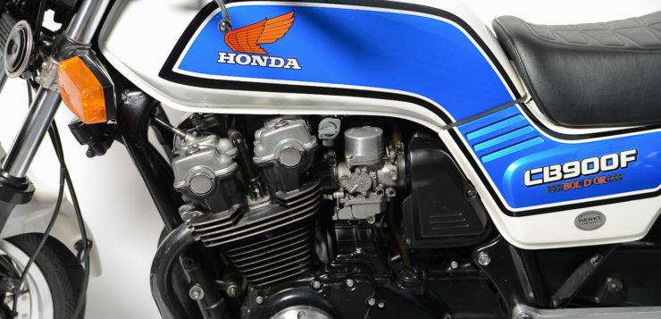 Gegen Überhitzung bekam die Honda Bol d'Or einen Öhlkühler