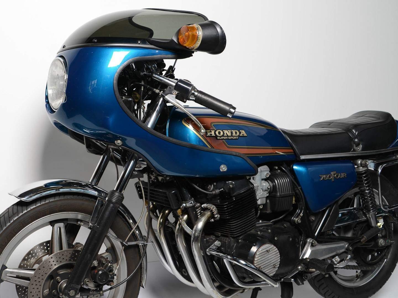 honda cb 750 four 1969 1978 das jahrhundert motorrad. Black Bedroom Furniture Sets. Home Design Ideas