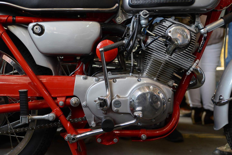 Honda CB 77 / CL 77 (1962-1965) - ein Motorrad wird zum Filmheld