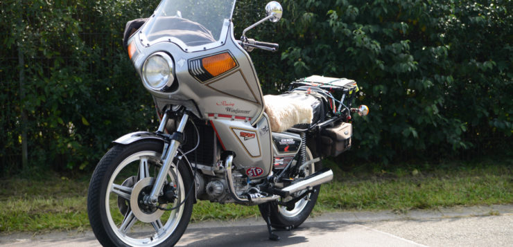 Honda CX 500 mit Windjammer-Verkleidung