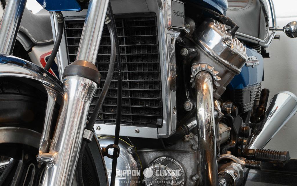 Der CX 500 Motor besticht mit Durchzug und kernigem Sound