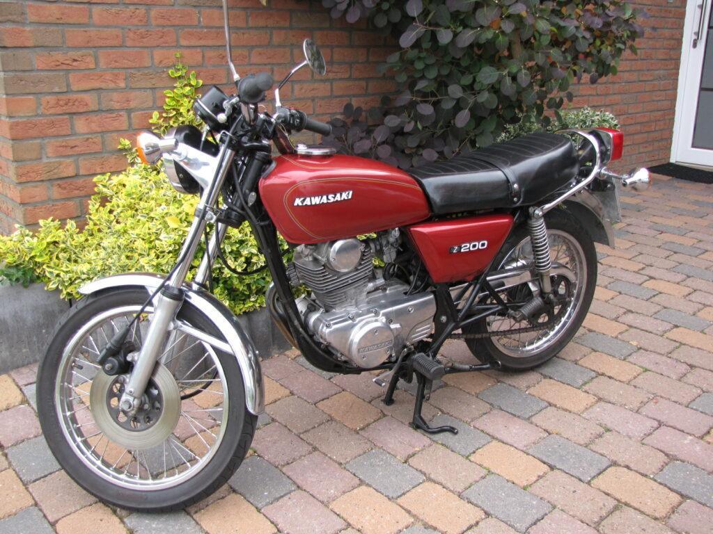 Die Kawasaki Z 200 ist ein typisches Einsteigermotorrad