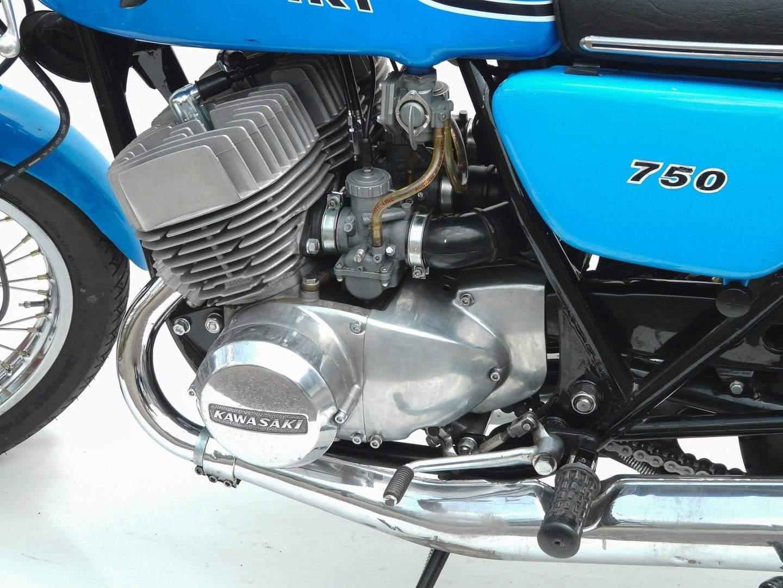 Kawasaki 750 H2 1971 1975 Fr Echte Kerle Gemacht 1974 H1 500 Wiring Diagram Typisch Zwei Auspuffschalldmpfer Rechts Quelle Peter Krauss Z Club Germany