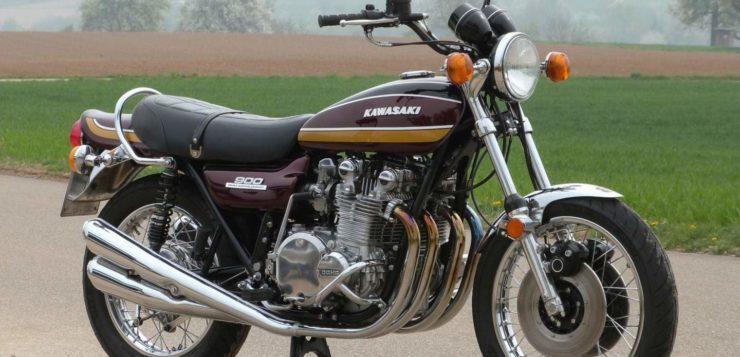 Kawasaki Z1 900 mit doppelter Scheibenbremse vorn