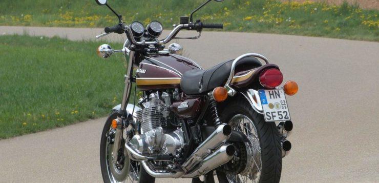 Auch von hinten ist die Kawasaki Z1 900 eine Augenweide
