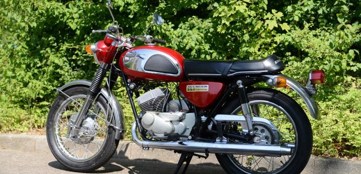 Kawasaki 350 A7 Avenger