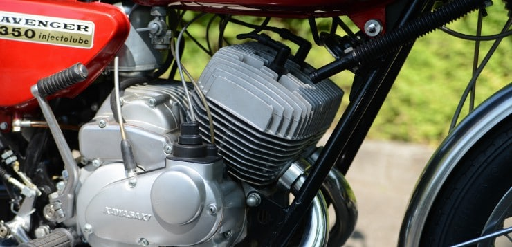 Kawasaki 350 A7 Avenger Motor
