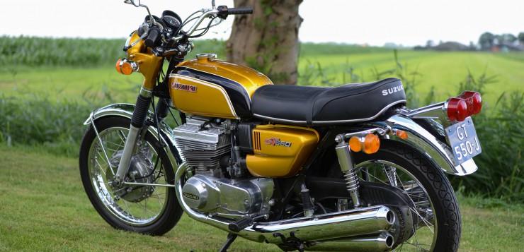 Rein äußerlich gab es kaum Unterschiede zwischen Suzuki GT 380 und GT 550