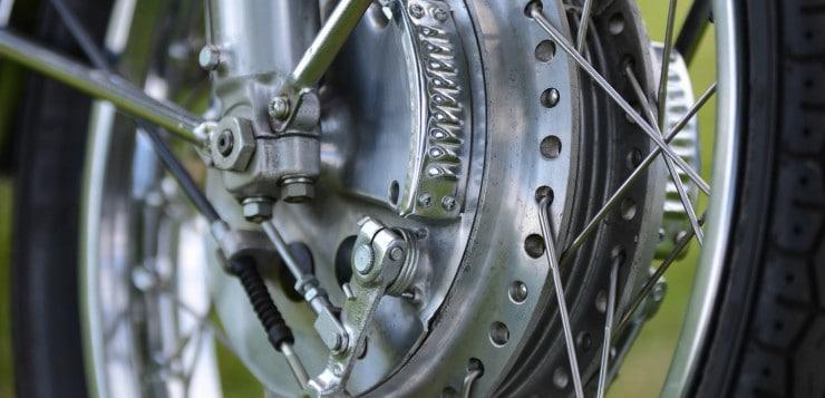 Die Duplex-Bremse packte bei Bedarf aber wirkungsvoll zu
