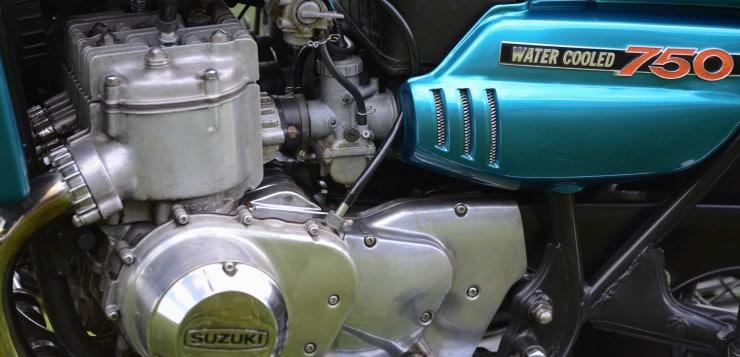 Suzuki GT 750 Wasserbüffel