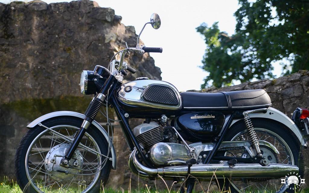 Suzuki T 20