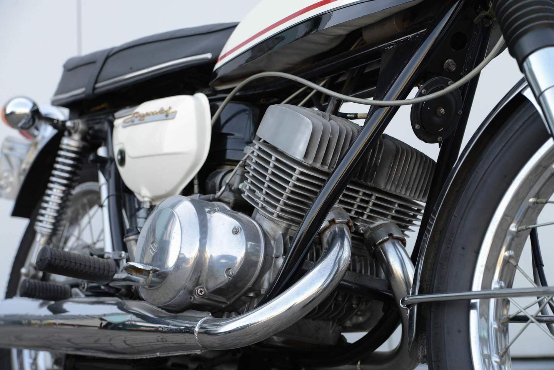 Mercruiser L Hp Engine parisonschart also Harley Davidson Nightster Custom By Remy X also Suzuki T Nippon Classic De as well Anthony Delhalle Good Shot furthermore Honda Cb T Hawk H. on suzuki 250 four er