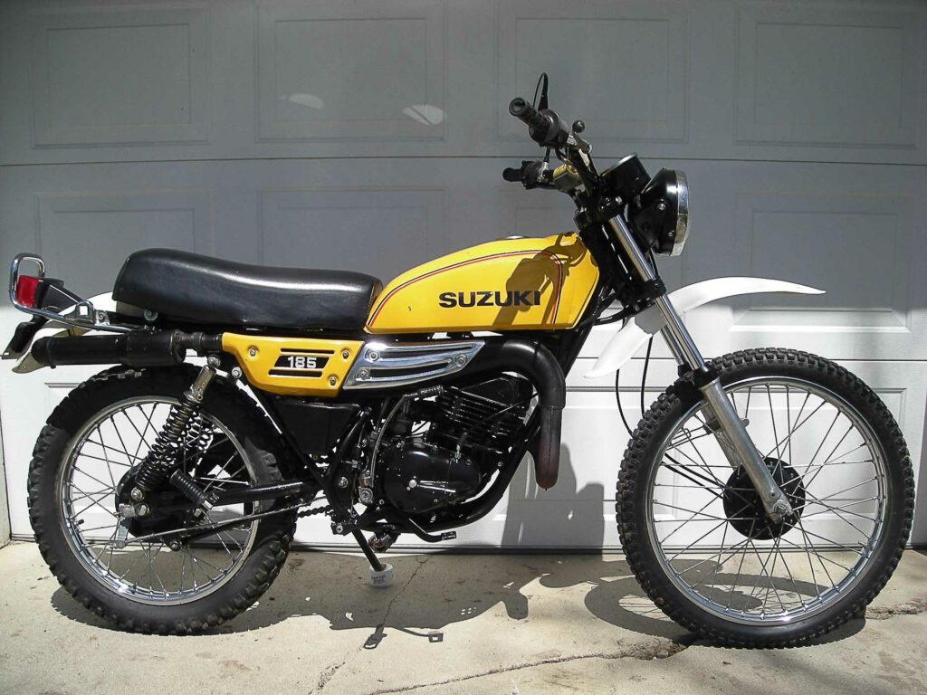 Mit 99 Kilogramm war die Suzuki TS 185  ein Leichtgewicht