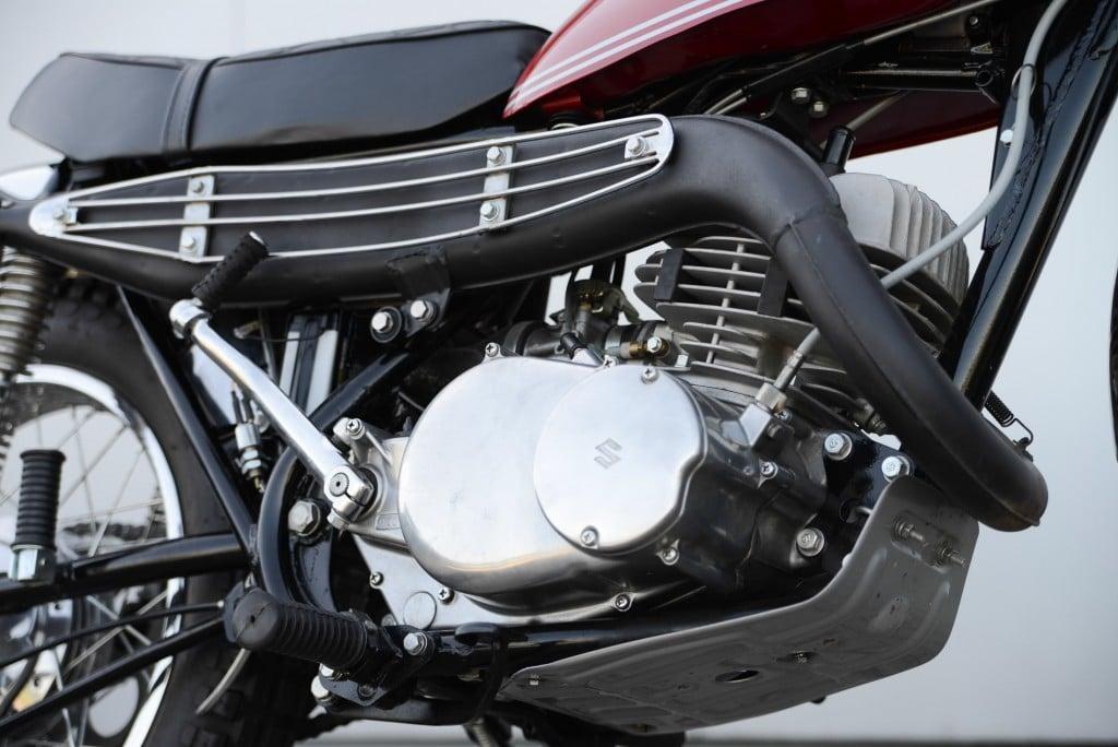 Der Leichtmetall-Motoir der TS 250 leistete rund 23 PS
