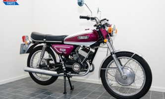 Yamaha CS 5 / Yamaha RD 200