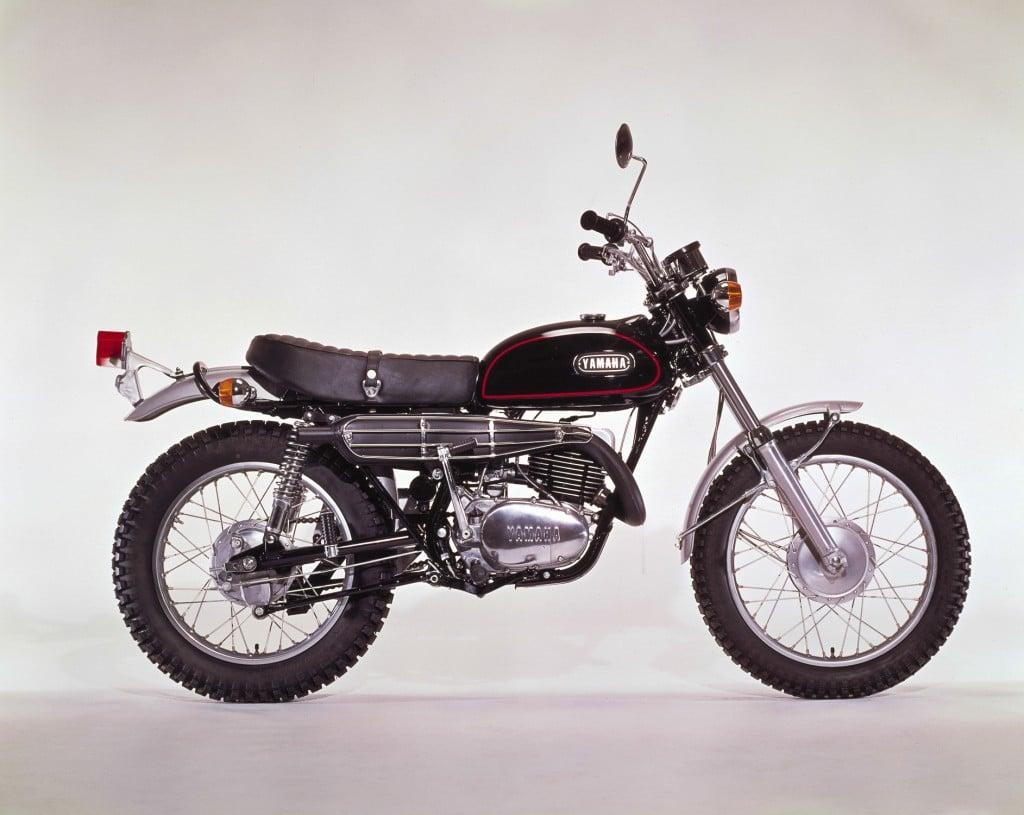 Die RT 360 (RT1) kam 1970 auf den Markt und leistete anfangs 30 PS