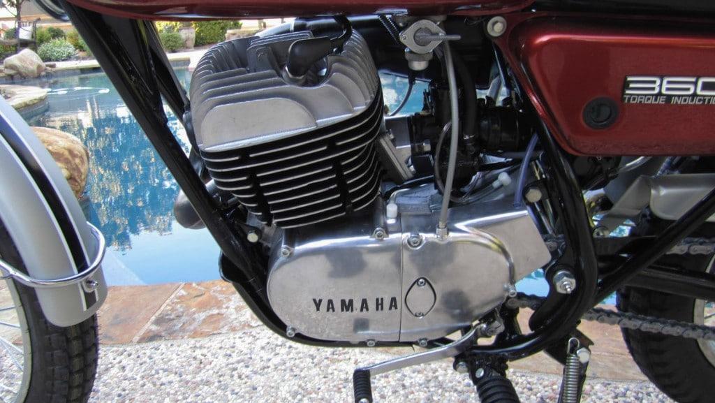 Der RT3 Motor verfügte über eine Membransteuerung und leistete 32 PS