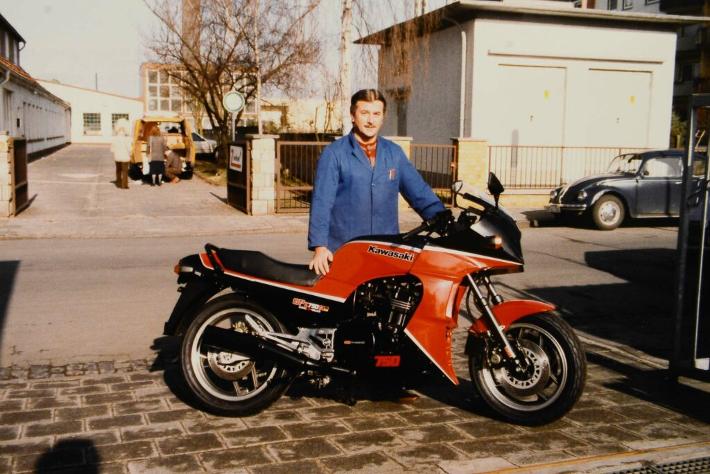 Anton Wolf mit einer Kawasaki GPZ 750R