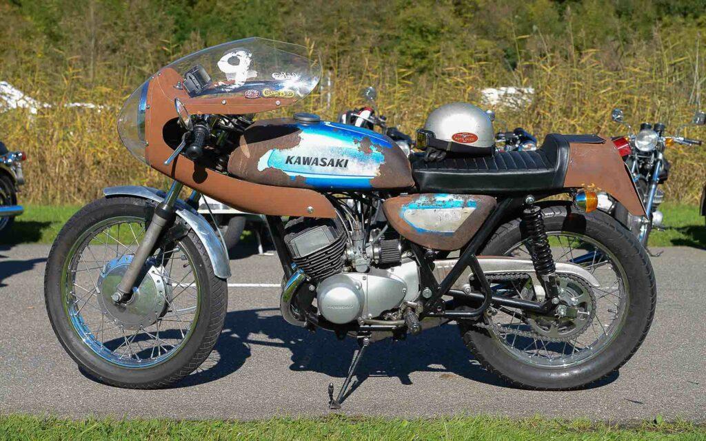 Kawasaki 500 H1 Mach III von 1970 - Es muss nicht immer Hochglanz sein