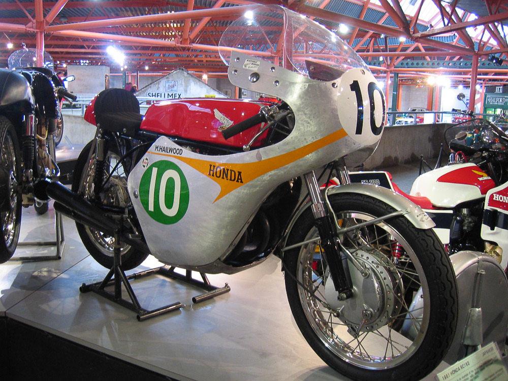 Mike Hailwoods Honda RC 162, mit der er 1961 die TT auf der Isle of Man gewann