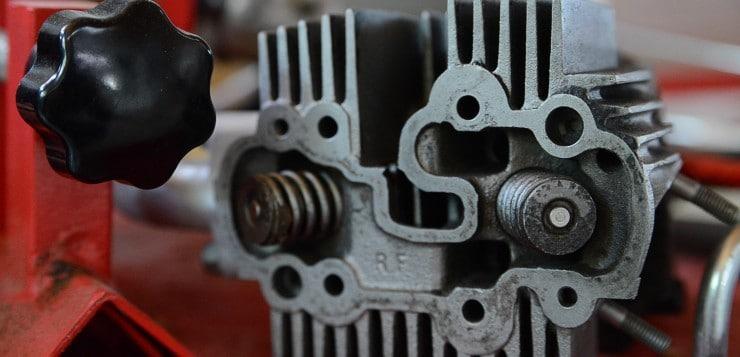 Gut zu erkennen: Ventilfedern des C110 Zylinderkopf