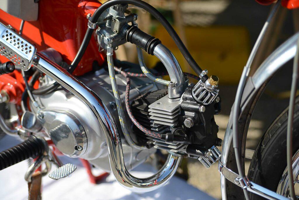Der C 110 Motor dreht bis knapp 10.000 U/min hoch