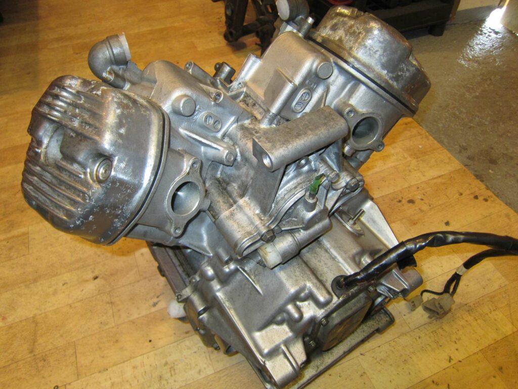 Am CX 500 Motor hatte bereits der Zahn der Zeit genagt