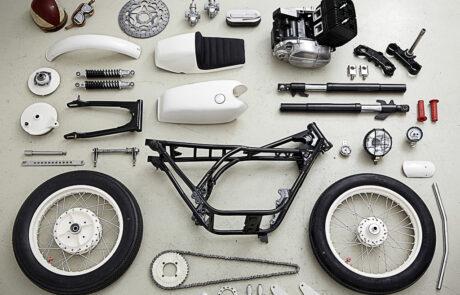 Alle wesentlichen Racer-Komponenten der RD 250 auf einem Blick