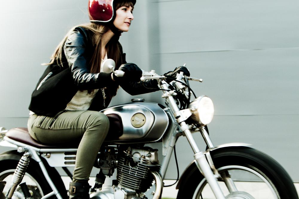 Die wieselflinke Yamaha SR 250 von Moto-Mucci