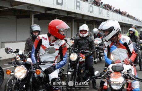Auch zahlreiche Motorradfahrerinnen mischten beim Café Racer Festival im Autodrome mit