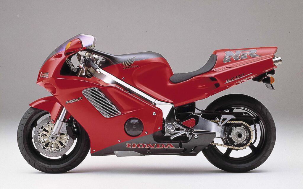 Acht Ventile pro Zylinder: revolutionäre Honda NR 750
