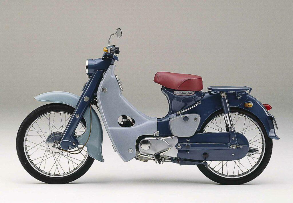 Mit der Honda C 100 Super Cub gelang Honda 1958 der ganz große Wurf