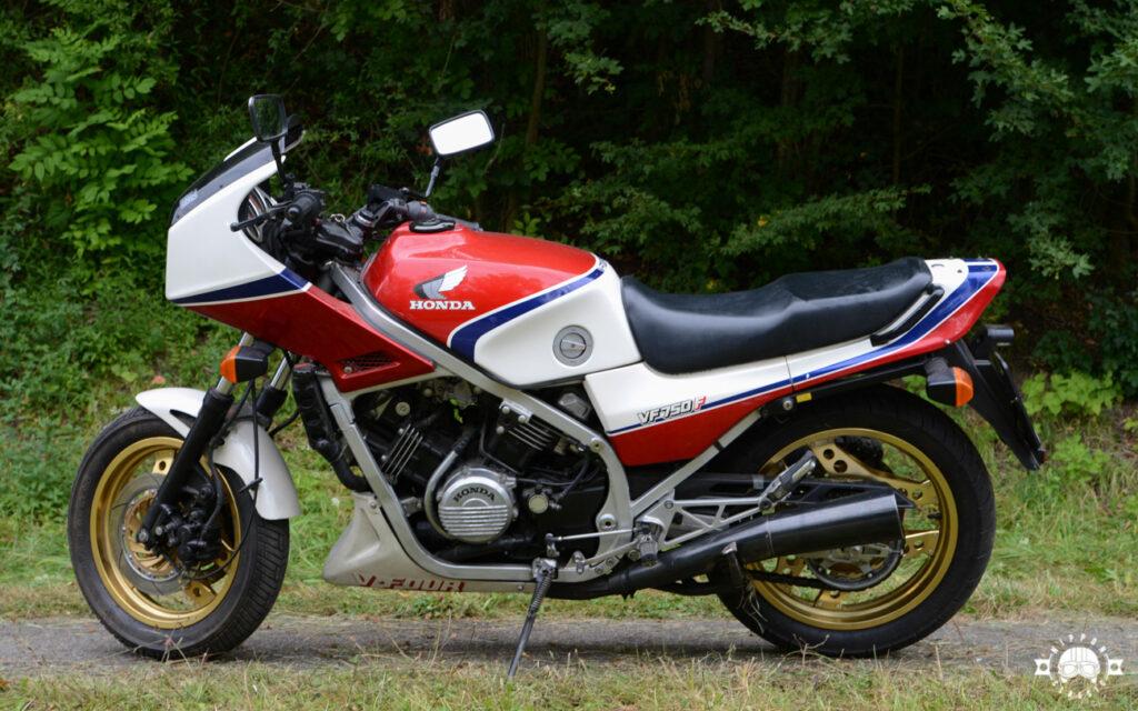 Beginn der V-Motoren 1982 - Honda VF 750 F