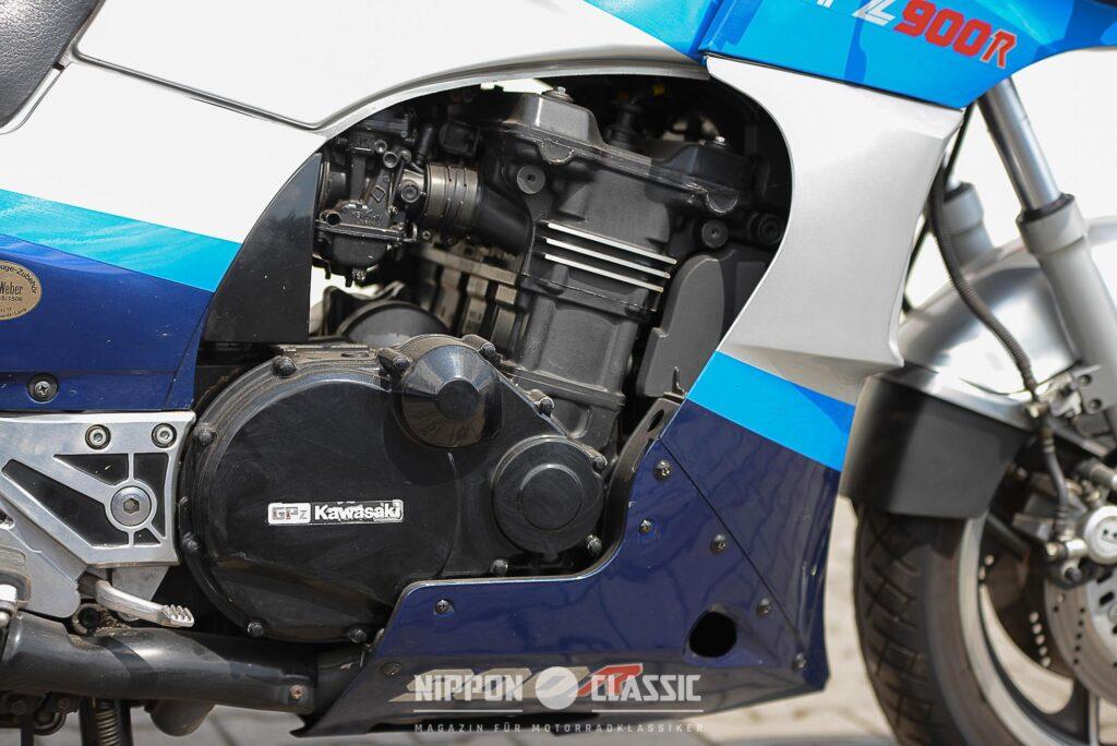 Der Motor der Kawasaki GPZ 900 R leistete 98-115 PS