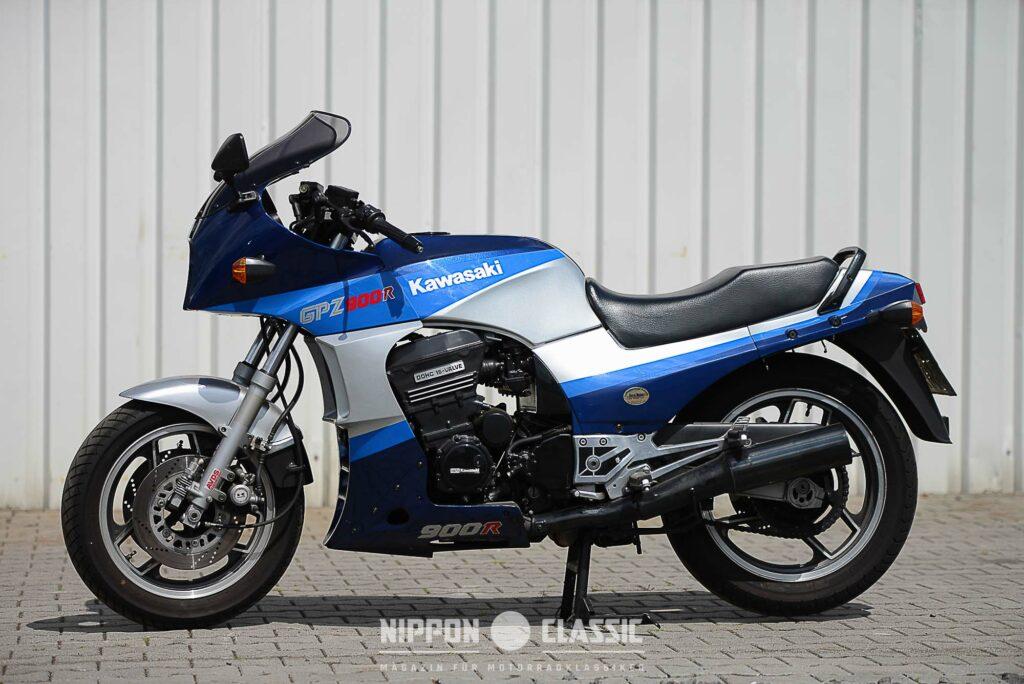 Die Kawasaki GPZ 900 R erschien 1984