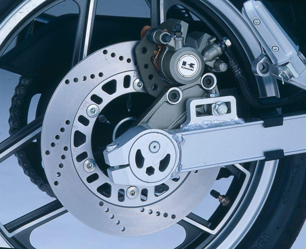 Kawasaki GPZ 900 R Hinterrad