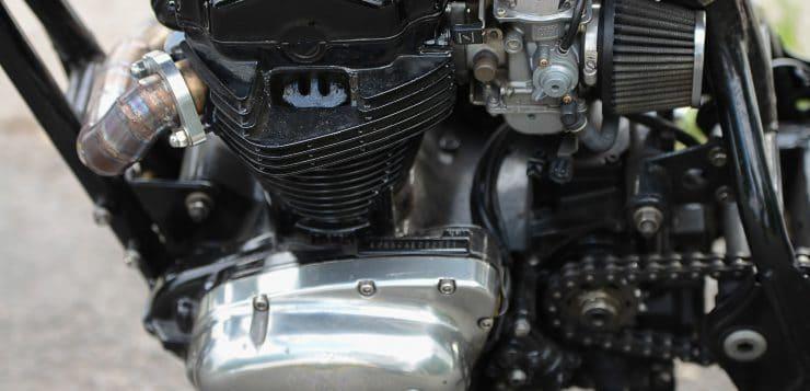 Kawasaki W 650 Brat