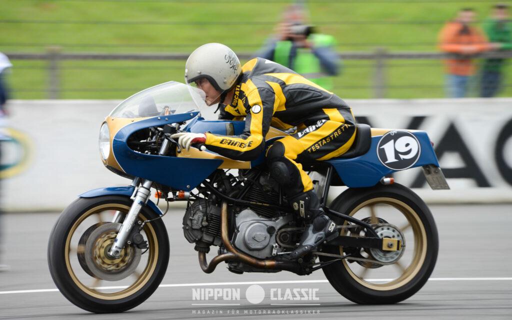 Sultans of Sprint: Königlicher Sprint - Japanischer Champ auf Ducati 'Royal Pantah'