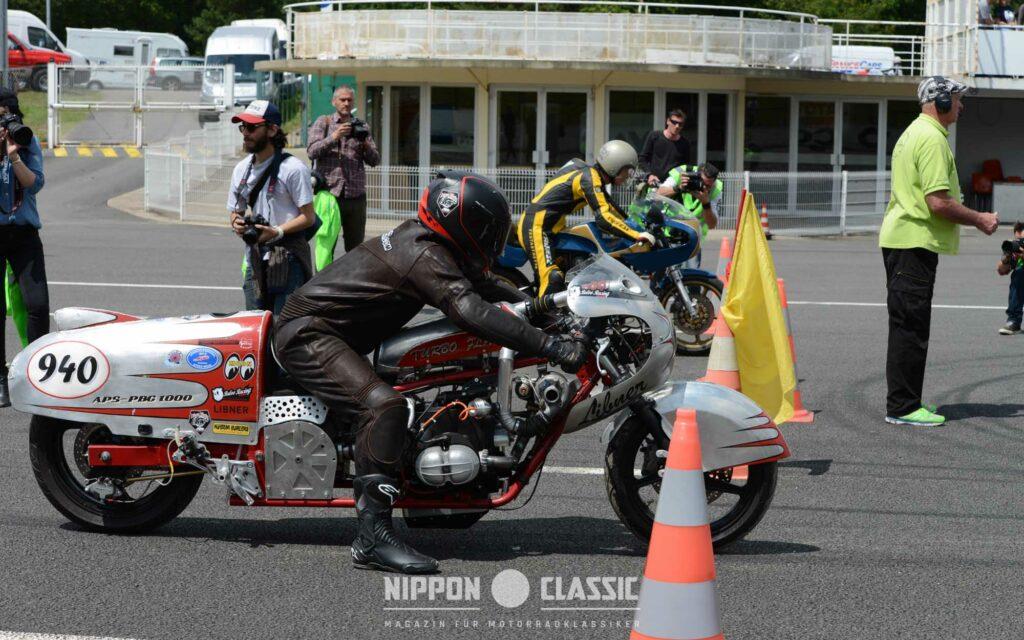 Duell der Giganten: Libner-BMW 'Turbo Flat' gegen Ducati 'Royal Pantah'