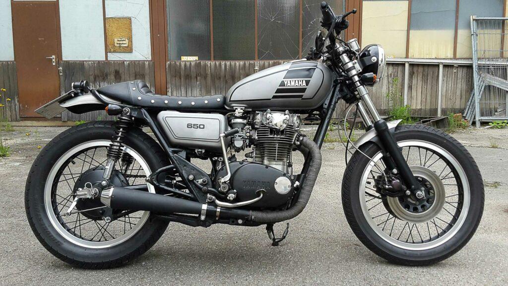 Grundform und der schöne XS-Motor mit dem Kickstarter gefallen
