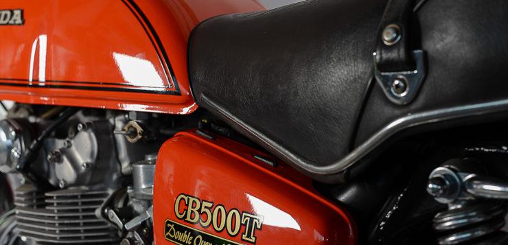 Mit tiefer Sitzposition war die CB 500 T auch für Frauen attraktiv