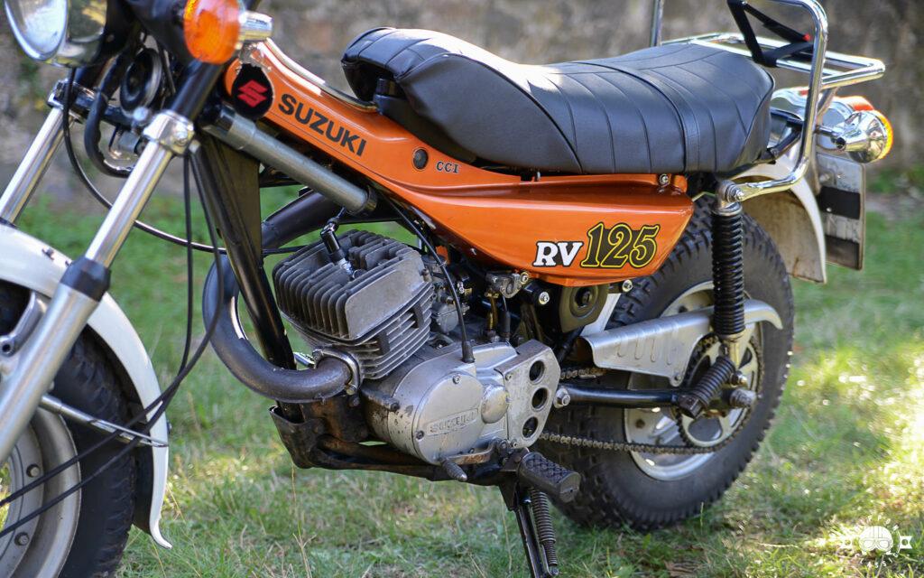 Angetrieben wurde die Suzuki RV 125 von einem Zweitaktmotor