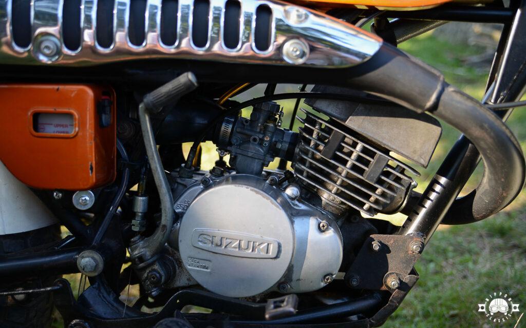 Der RV 125 Motor stammt von der RM 125 ab, wurde aber auf 7,8 PS gedrosselt